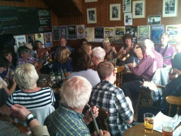 Ukes4Fun Session Cumberland Arms July 2011