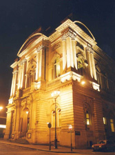 Huddersfield-town-hall-Ext-Night