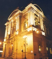 Huddersfield-town-hall-Ext-Night