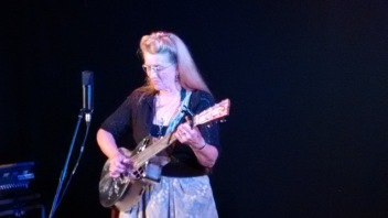 2015-09-02 Del Rey with Resonator Guitar IMG_20150902_204220389 blog